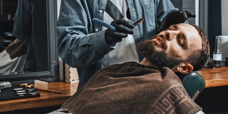 Péče o vlasy i vousy v barbershopu UP DOWN