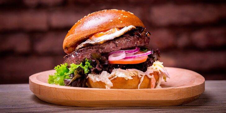 Burgerové menu od Toma: burger, steakové hranolky, salát, donuty i pivo