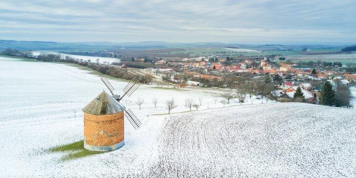 Zima či jaro v Pavlově na jižní Moravě: 3 dny se snídaní či polopenzí pro dva