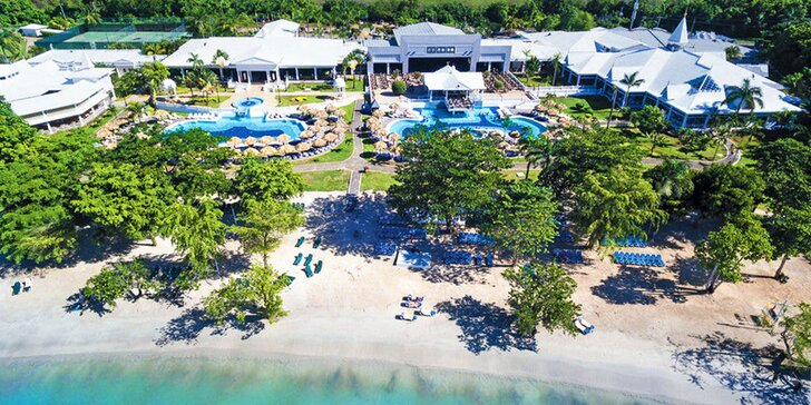 4*+ hotel na Jamajce: 7 nebo 14 nocí, all inclusive, 3 bazény a vířivka