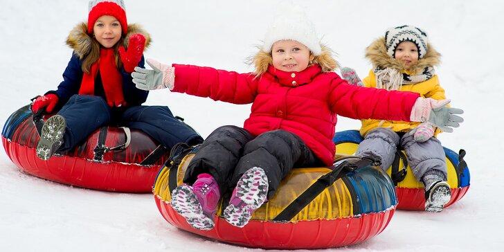 Snowtubing na Božím Daru: 3 jízdy na speciální duši a vlekem nahoru