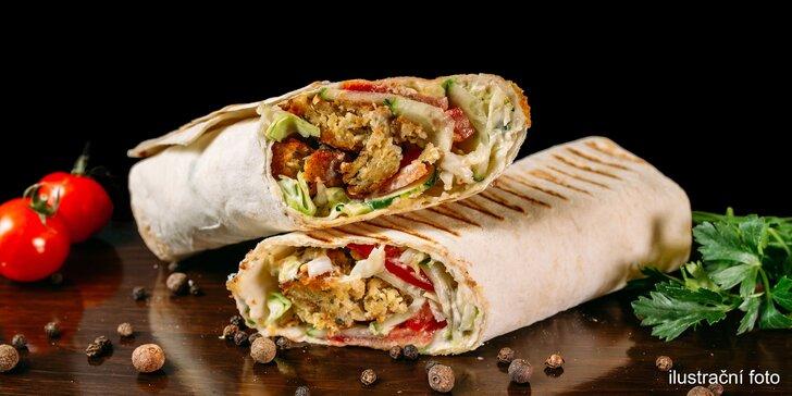 Rychlovka, která zasytí: kebab, twister nebo falafel a k tomu pití