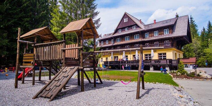 Jaro a léto ve stylové chatě v Nízkých Tatrách: 3-4 dny s polopenzí a wellness