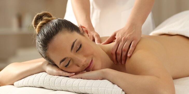 Intenzivní masáž zad a šíje včetně masáže obličej