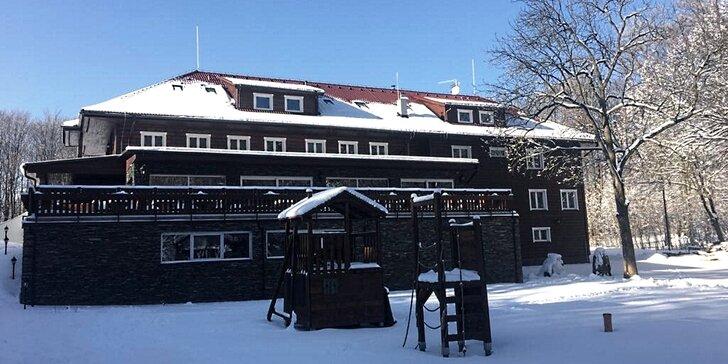 Chata pod Ostrým vrchem: pobyt v přírodě vč. stravy i welcome drinku pro 2