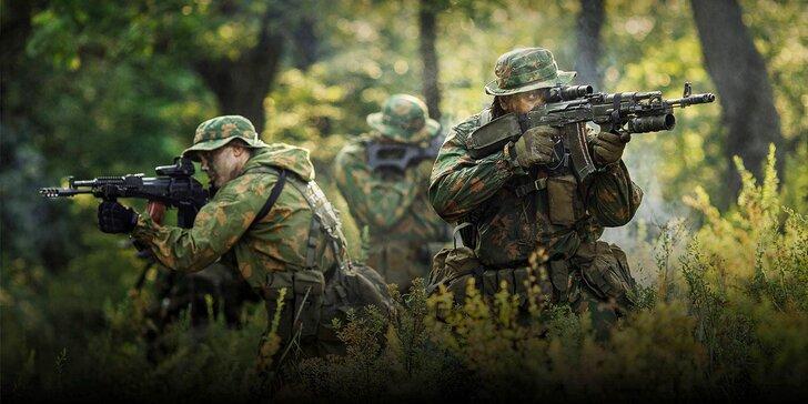 Zahrajte si na vojáky: airsoftové bitvy otevřené profíkům i amatérům venku