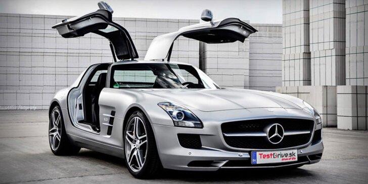 Zážitkové jízdy ve Ferrari, Lamborghini či Mercedes Benz: 15, 30 i 60 minut