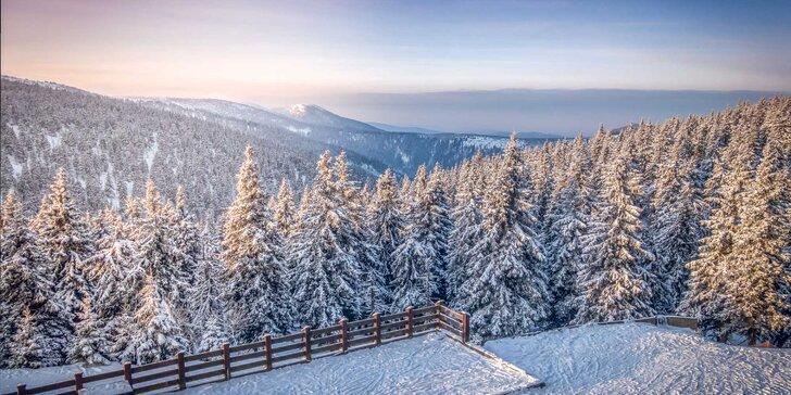 Jeseníky s polopenzí, nápoji, procedurami či ski pasem u termálů Velké Losiny
