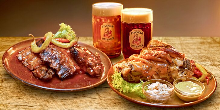 Hromada masa, domácí chléb i pivo a 3 hodiny zábavy ve středověké krčmě