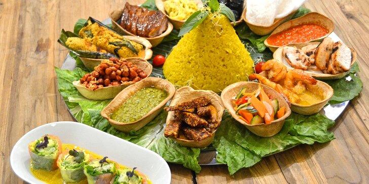 Indonéské speciality pro 3–4 osoby: závitky, maso, krevety, tofu a rýže