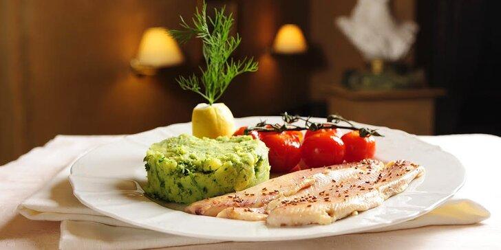 Otevřený voucher na cokoliv z menu malostranské restaurace Kočár z Vídně