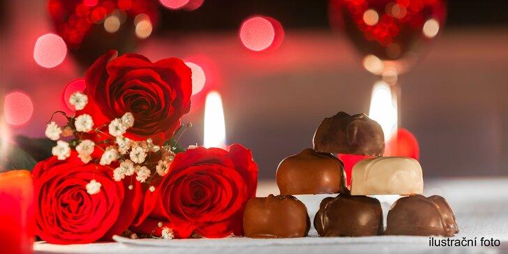 Valentýnský rituál s vůní čokolády: vířivá lázeň, masáž i pohoštění pro 2