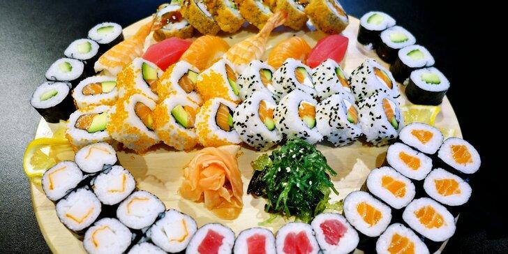 Asijská restaurace: 36 nebo 60 ks sushi s wasabi, zázvorem a sushi salátem