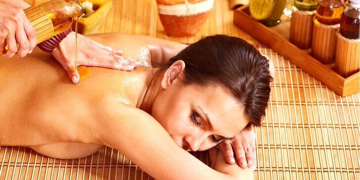 Polední happy hours: thajská masáž olejem ze zeleného čaje v čase 12-14 hod.