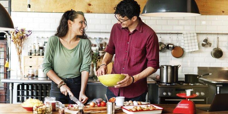 Dárkový poukaz pro dva: kurz vaření v hodnotě 4500 Kč v rodinné škole