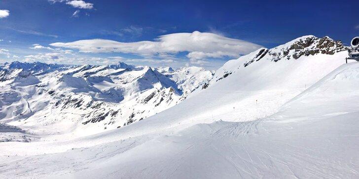 Rakouské Alpy až pro 28 lidí: celoroční lyžování, sauna a český personál