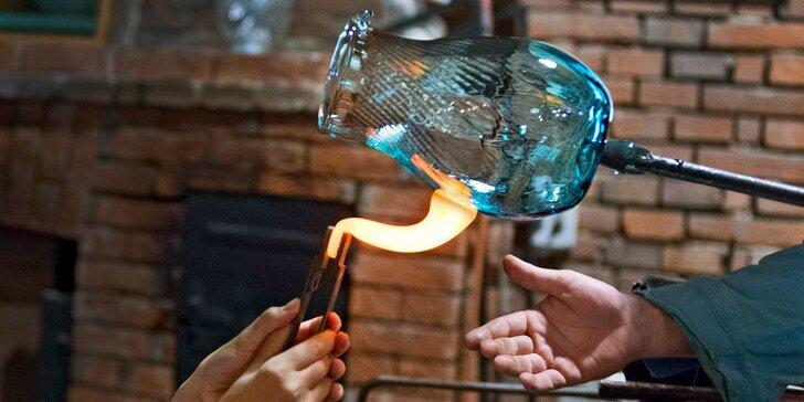 Exkurze do sklárny s možností výroby vlastní vázy a návštěvy sklářské krčmy