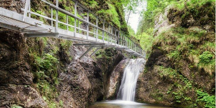 Celodenní výlet do Jánošikových dier: soutěsky, kaňony, vodopády