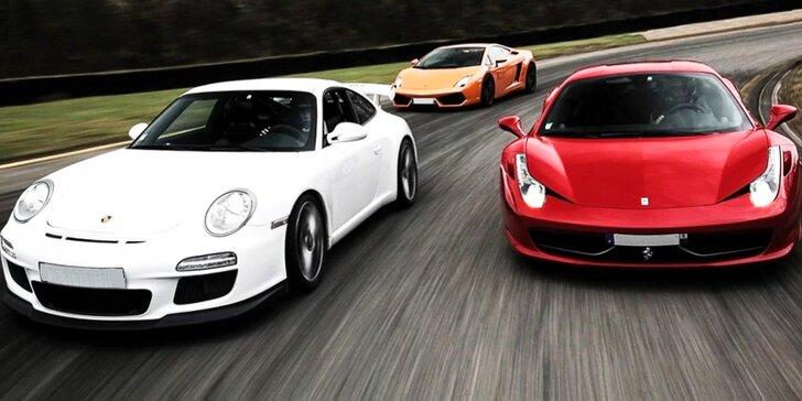 Vyzkoušejte si jízdu ve Ferrari, Lamborghini a Porsche na závodnickém okruhu