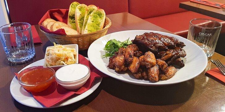 Poctivá večeře pro 2 na Barrandově: vepřová chilli žebra a smažená křídla
