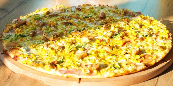 Chacharova pizza se smetanovým nebo rajčatovým základem dle výběru