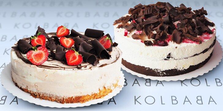 Sladké potěšení z Kolbaby: povidlový, schwarzwaldský a Kinder Bueno dort