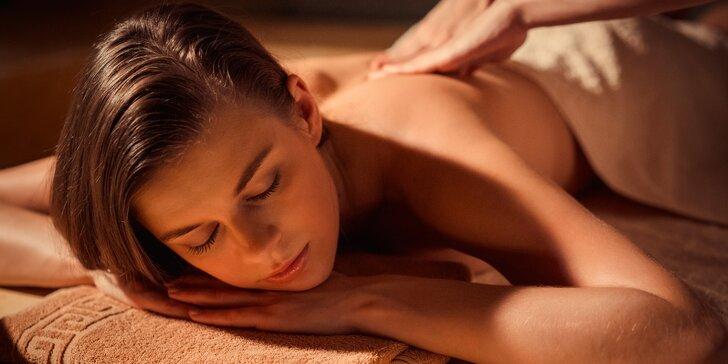 Uvolňující thajská masáž v délce 60 nebo 90 minut v salonu na Praze 1