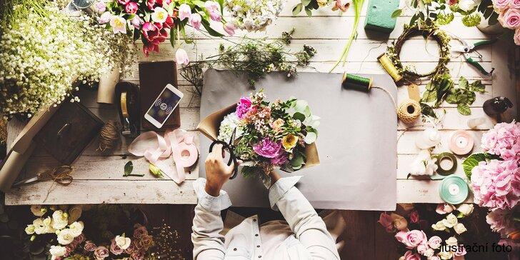Radost z vázání květin: Kurzy floristiky skupinově, ve dvou i individuálně