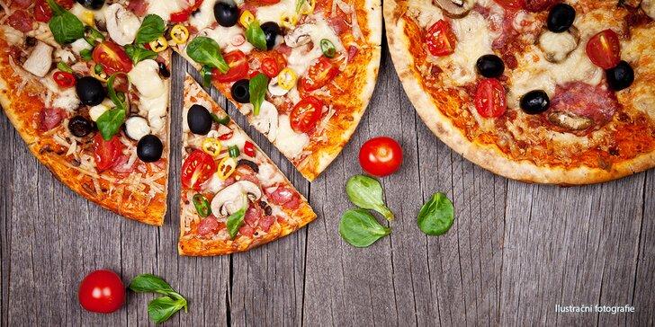 Dvě pizzy podle výběru o průměru 32 cm na Karlově náměstí