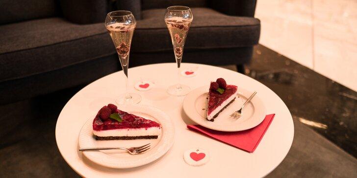 Sladký Valentýn: sekt s brusinkami nebo mojito a cheescake nebo zmrzlina