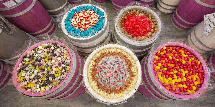 Dejte si cokoli z Candy & Cafe: bonbony, dortíky, káva, limonády, smoothie