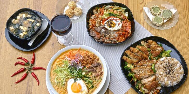 Vietnamské menu dle výběru: miso tofu, kuřecí teriyaki i sezamové kuličky