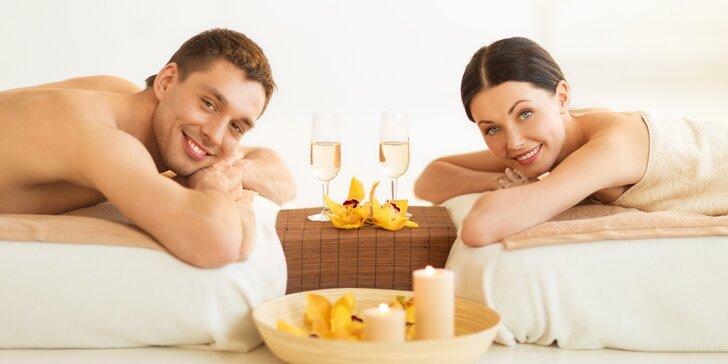 Dokonalá relaxace: partnerská luxusní royal masáž se sektem v centru Prahy