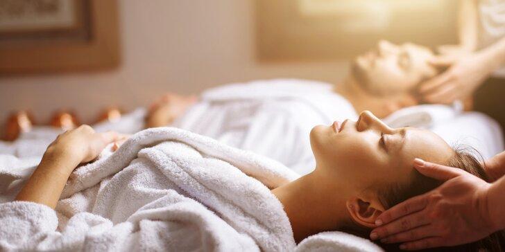 Luxusní párový relax: Partnerská masáž dle výběru se sektem