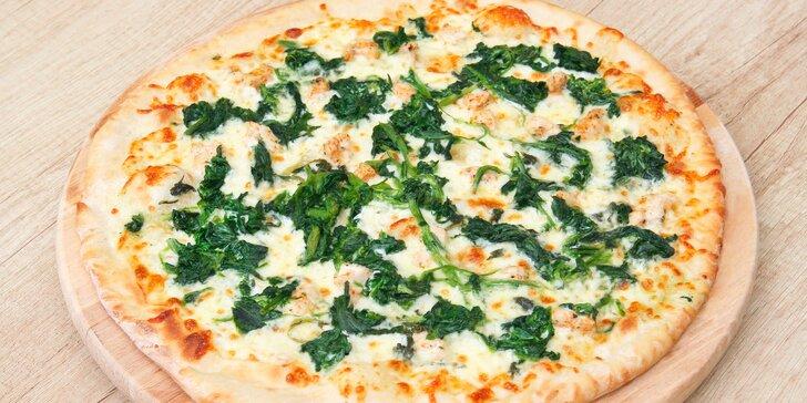Pořádné jídlo: dvě Maníkovy pizzy o průměru 32 cm podle výběru z 25 druhů
