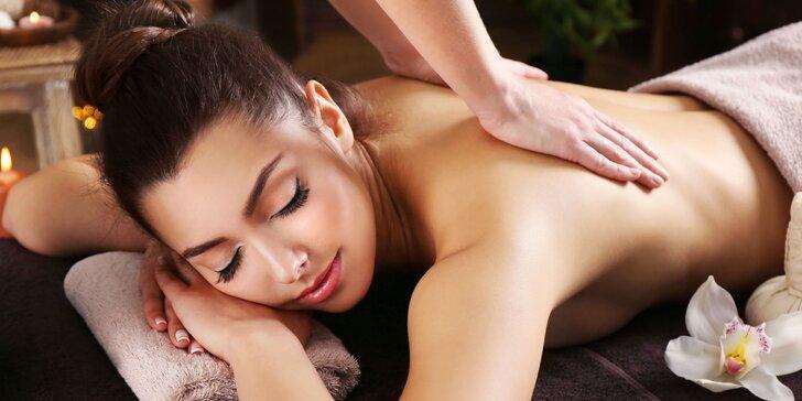 Nechte se hýčkat: Hodinová masáž s thajským balmem a 15 min. Garra Rufa