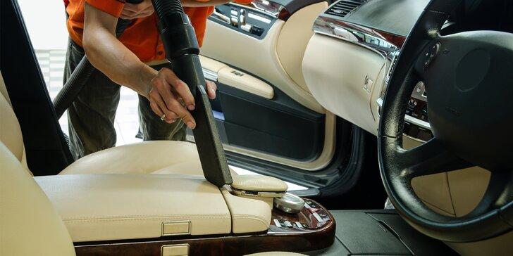 Čištění interiérů i exteriérů osobních vozidel: luxování, čištění palubky i oken