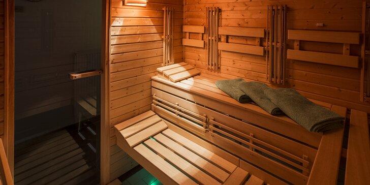 Prohřejte se: 90 minut privátní sauny pro dva se zapůjčením ručníků a osušek
