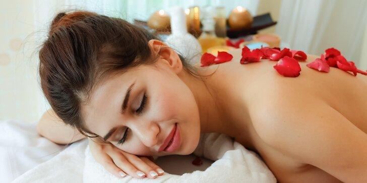 Královská tantrická masáž: až 3 hodiny hýčkání s možností peelingu