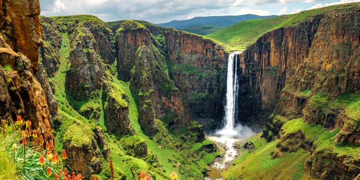 Hotelbusem po Africe, 6 zemí: Krugerův NP, Viktoriiny vodopády, Dračí hory