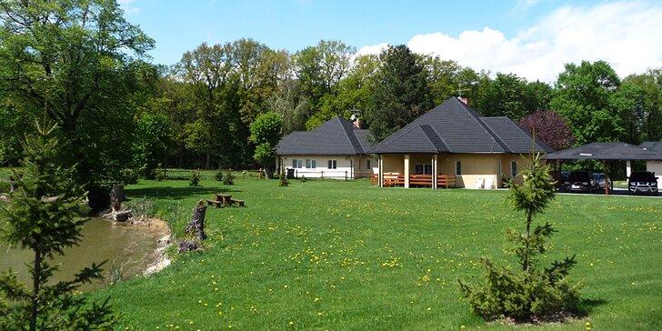 Pobyt na ranči se zahradou a rybníkem v luxusním bungalovu pro 1–8 osob