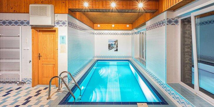 Jarní pobyt na Šumavě: areál s bazénem, polopenze, bowling, minigolf i sauna