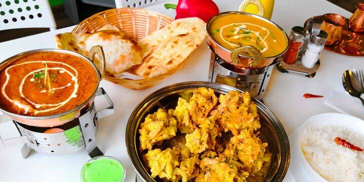 Indické kuřecí i vege pochoutky pro 2 osoby: předkrm, hlavní jídlo i dezert