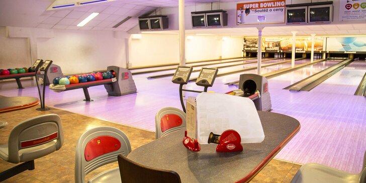 Zasportujte si: hodina minigolfu, bowlingu či badmintonu v S-centru Děčín