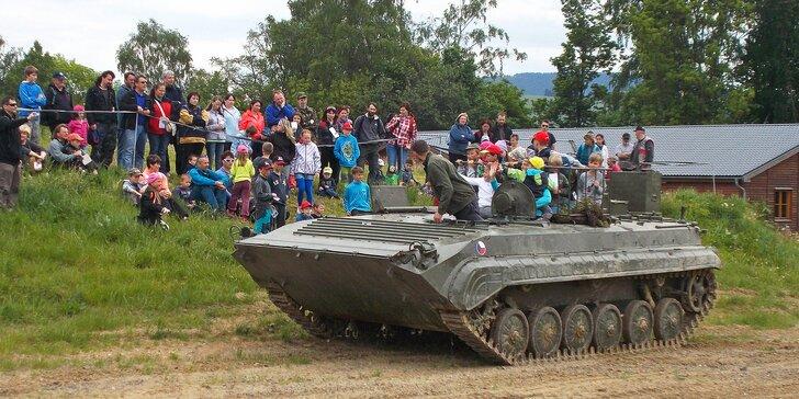Fort Fest Králíky 2019: vstup na doprovodný vojenský program a jízda v BVP1