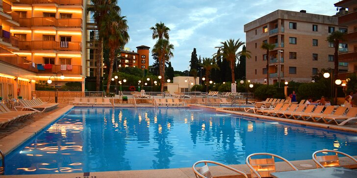 7 nocí ve 4* hotelu na Costa Brava s polopenzí; dítě do 12,99 let zdarma