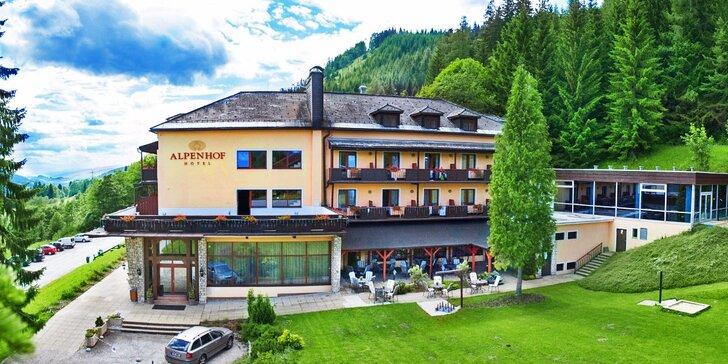 Dovolená v rakouských Alpách: pobyty se snídaní i neomezeným bazénem