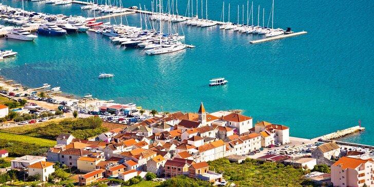 Dovolená v Chorvatsku: 7 nocí v útulném penzionu s polopenzí, blízko pláže