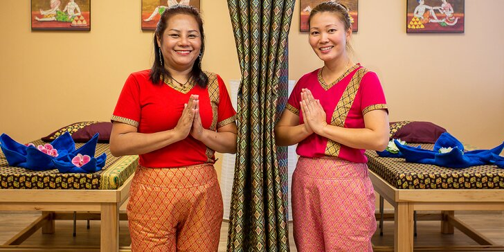 Thajské speciální masáže bylinnými sáčky v délce 90 minut dle výběru