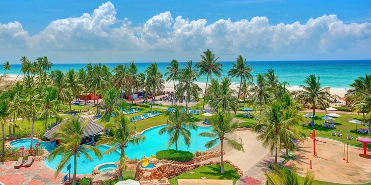 Dovolená v Ománu: 5–11 nocí v 5* resortu s all inclusive, bazény a vířivkou